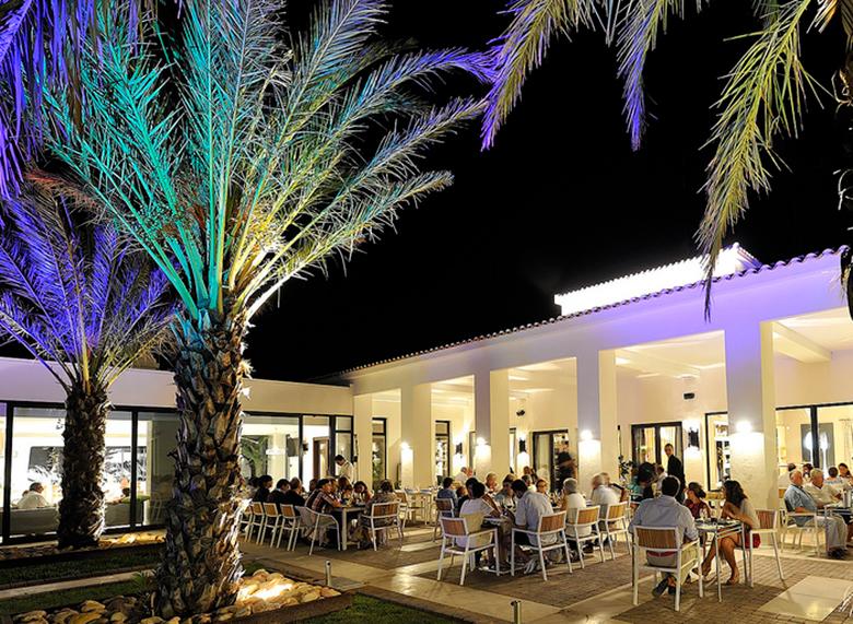 UNiK Cafe 01 Las Colinas Golf